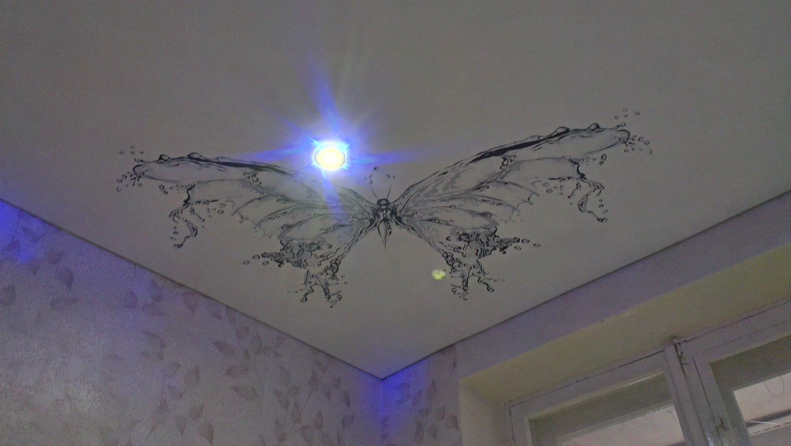 натяжные потолки фото в Саратове установка матовые тканевые