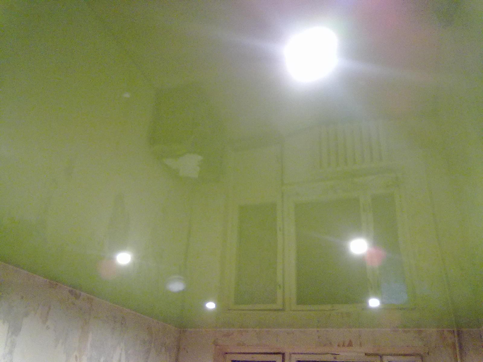 натяжные потолки фото глянцевые двухуровневые  монтаж цены в Тольятти