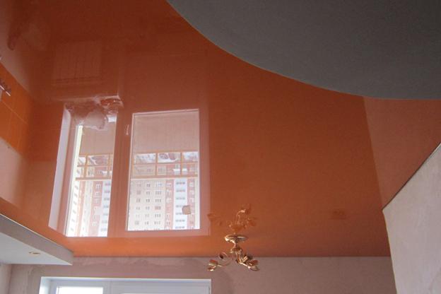 натяжные потолки фото глянцевые двухуровневые в Саратове цены