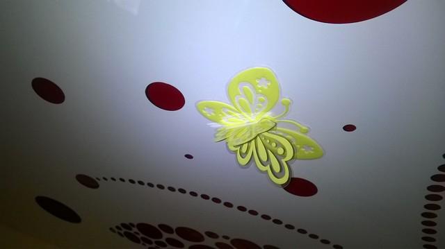 натяжные потолки фото матовые тканевые двухуровневые  установка